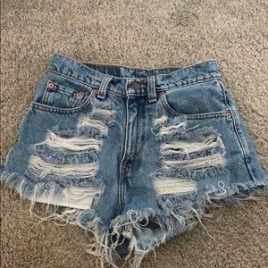 Levi's distressed 560 shorts